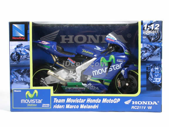 2005 Honda RC211V #33 Marco Melandri Team Movistar Diecast Motorcycle Model 1:12 scale die cast from NewRay - Blue 42267