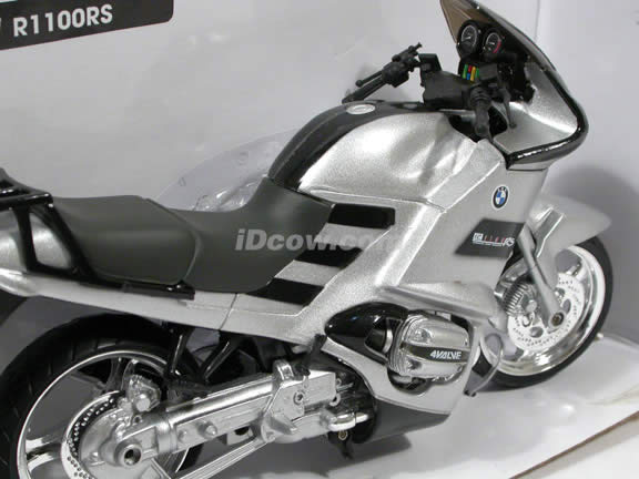 2000 BMW R1100RS Diecast Motorcycle Model 1:12 scale die cast from NewRay - Silver