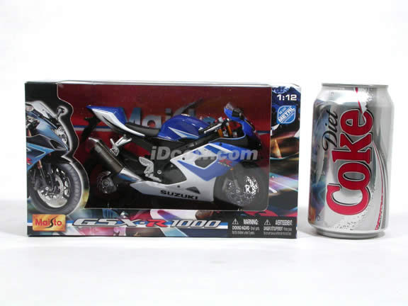 2006 Suzuki GSX-R 1000 Diecast Motorcycle Model 1:12 scale die cast from Maisto - Blue White 31106