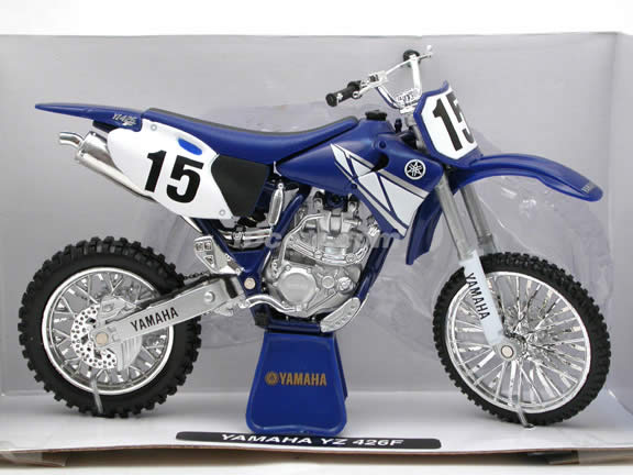 2001 Yamaha YZ 426F diecast dirt bike motorcycle 1:12 scale die cast by NewRay - Blue 53787