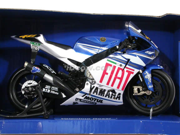 2007 Yamaha YZR-M1 #46 Valentino Rossi Diecast Motorcycle Model 1:12 scale die cast by NewRay - White Blue Fiat 43057
