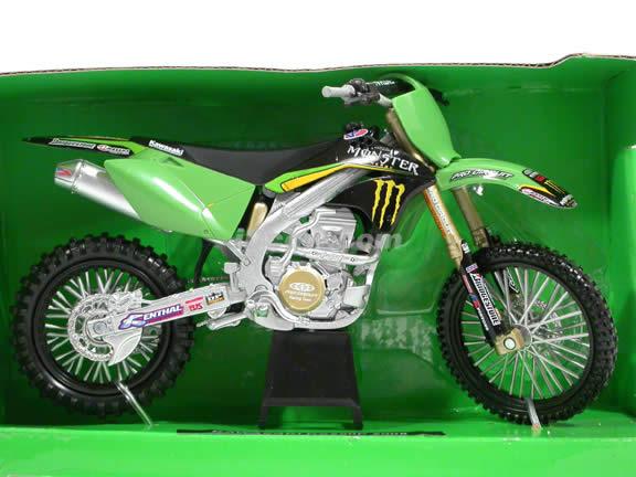 2008 Kawasaki KX250F Diecast Motorcycle Model 1:12 scale die cast by NewRay - 43237