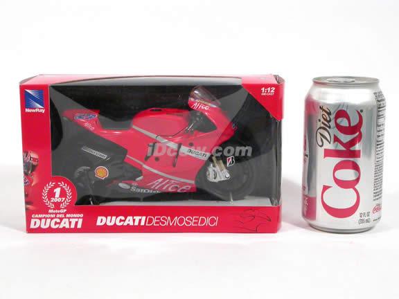 2007 Ducati Desmosedici GP07 #27 Casey Stoner Diecast Motorcycle Model 1:12 scale die cast by NewRay - 43067