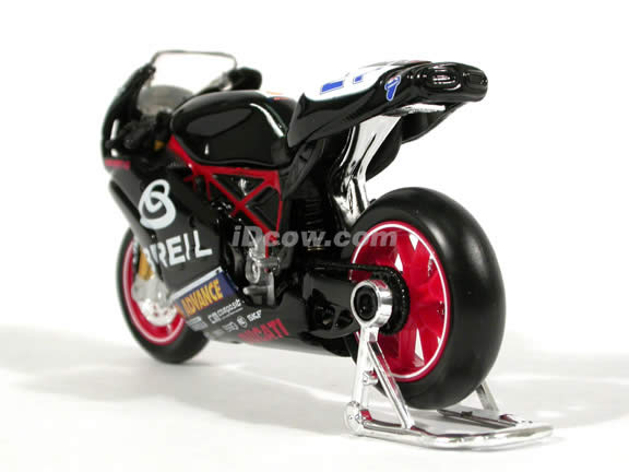 2004 Ducati 749 #21 Vittoriano Guareschi Diecast Motorcycle Model 1:18 scale die cast from Maisto - Black