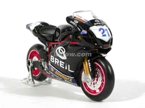 2004 Ducati 749 #21 Vittoriano Guareschi Diecast Motorcycle Model 1:18 scale die cast from Maisto - Black