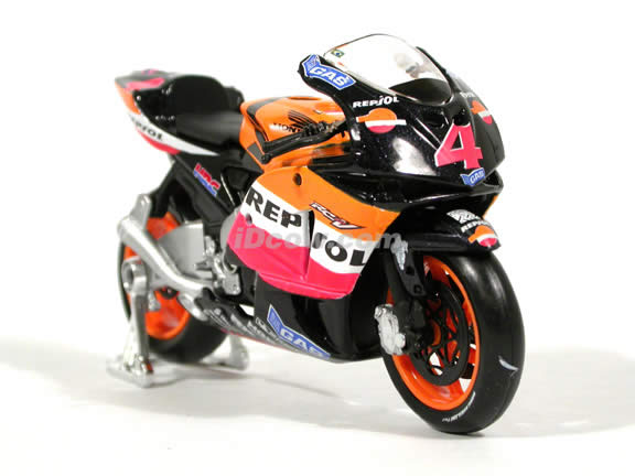 2004 Honda RCV 211 #4 Alex Barros Diecast Motorcycle Model 1:18 scale die cast from Maisto - Orange
