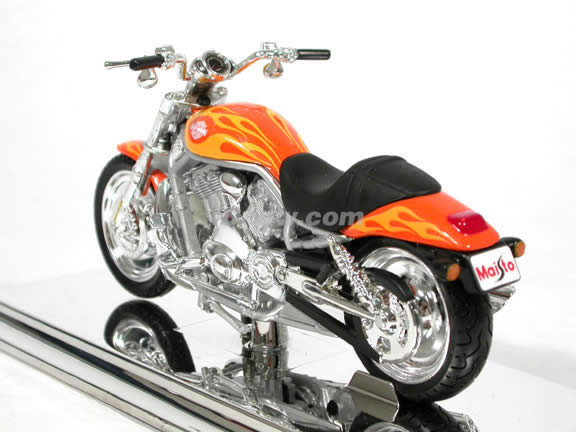 2002 Harley Davidson V-Rod Diecast Motorcycle Model 1:18 scale die cast from Maisto - Orange