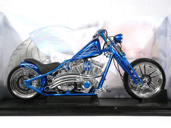 Jesse James West Coast Choppers Cherry CFL Diecast Chopper Model 1:10 scale die cast motorcycle by Muscle Machines - Blue