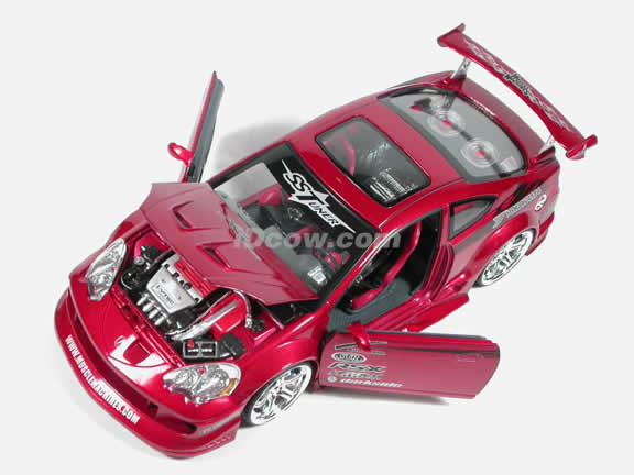 2002 Acura RSX Diecast model car 1:18 scale from Muscle Machines - Burgundy