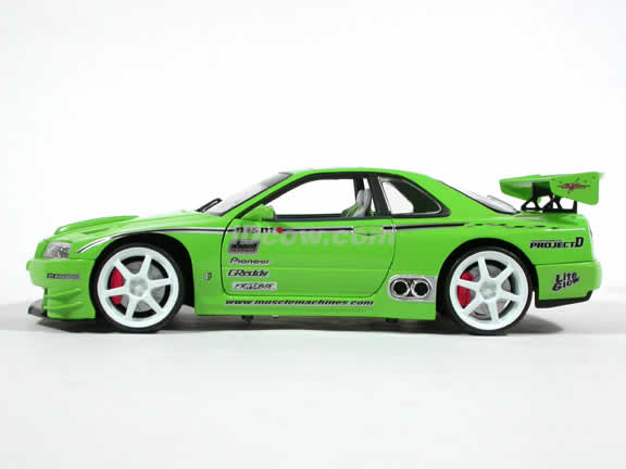 2000 Nissan Skyline GTR Diecast model car 1:18 scale from Muscle Machines - Green