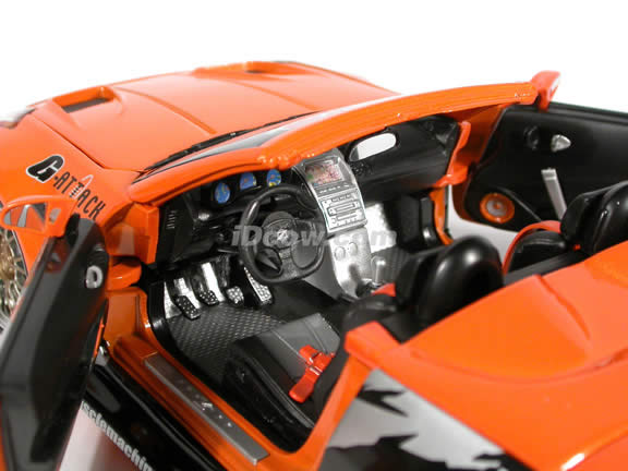 2004 Nissan 350Z Convertible Turbo diecast model car 1:18 scale die cast from Muscle Machines - Orange