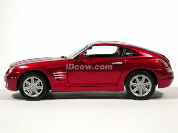 2004 Chrysler Crossfire diecast model car 1:18 scale die cast by Motor Max - Metallic Red