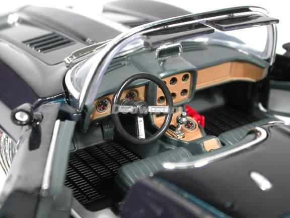 1961 Chevy Corvette Mako Shark diecast model car 1:18 scale die cast by Motor Max