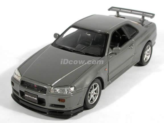2002 Nissan Skyline GT-R diecast model car 1:18 scale die cast by Motor Max - Silver Grey