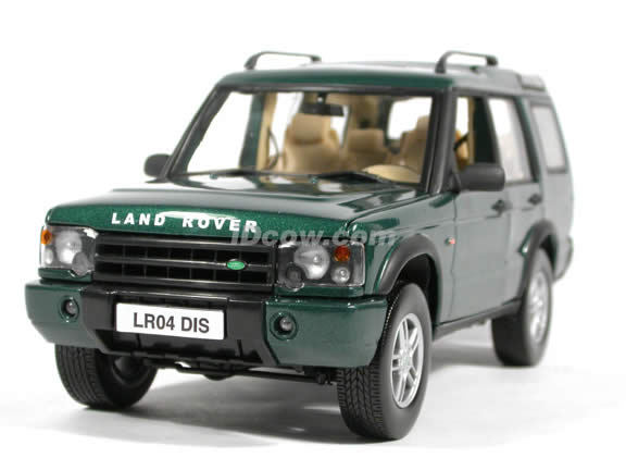 2004 Land Rover Discovery diecast model SUV 1:18 scale die cast by Motor Max - Green
