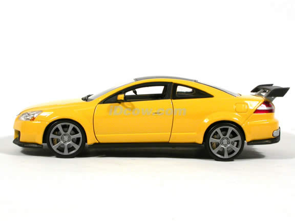 2003 Honda Accord Custom Tuner diecast model car 1:18 scale die cast by Motor Max - Yellow