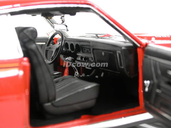 1969 Pontiac GTO diecast model car 1:18 scale
