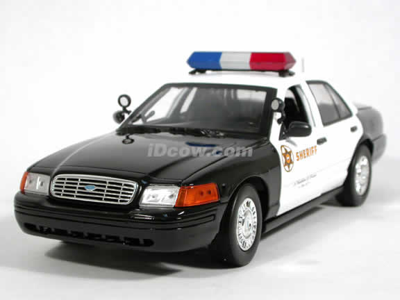 2003 Ford Crown Victoria Los Angeles County Sheriff Police Car diecast model car 1:18 scale die cast by Motor Max - 73502