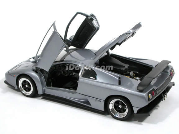 2000 Lamborghini Diablo GT diecast model car 1:18 scale die cast by Motor Max - Metallic Grey 73168
