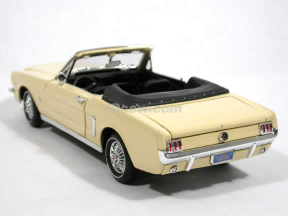 1964 1/2 Ford Mustang Convertible diecast model car 1:18 scale by Motor Max - Cream 73145