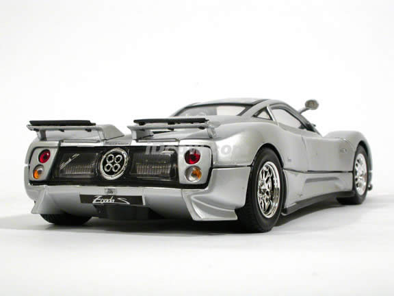 2002 Pagani Zonda C12 diecast model car 1:18 scale die cast by Motor Max - Silver 73147