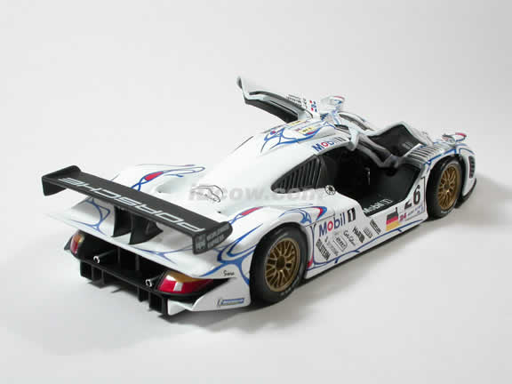 1998 Porsche 911 GT1 IBM - #26 McNish Diecast model car 1:18 scale by Maisto