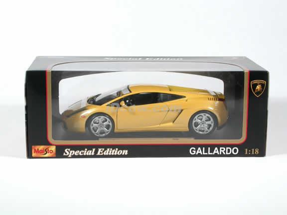 2003 Lamborghini Gallardo Diecast model car 1:18 scale die cast by Maisto - Yellow