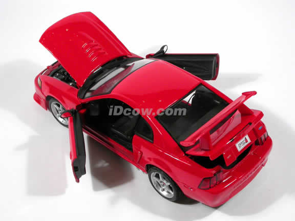 2000 Ford Mustang SVT Cobra diecast car model 1:18 scale die cast by Maisto - Red
