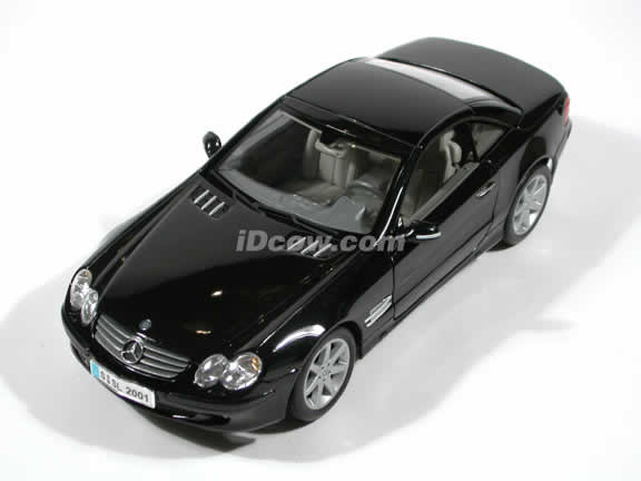 2002 Mercedes Benz SL diecast car model 1:18 scale die cast by Maisto - Black