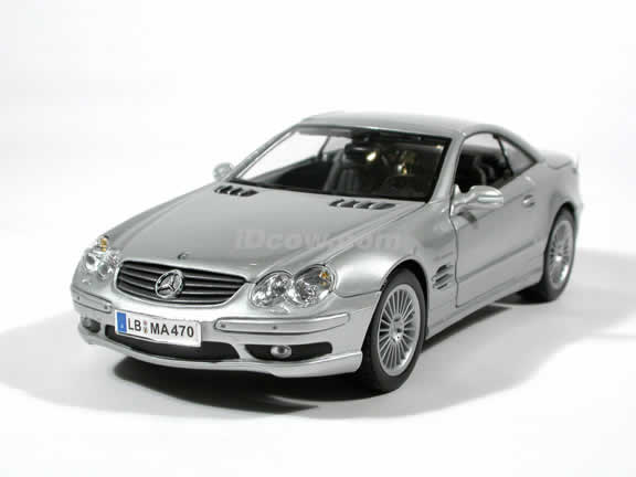 2003 Mercedes Benz SL 55 AMG diecast model car 1:18 scale die cast by Maisto - Silver