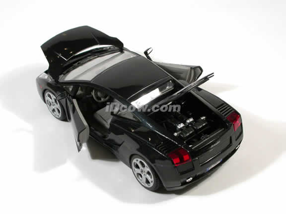 2003 Lamborghini Gallardo Diecast model car 1:18 scale die cast by Maisto - Black