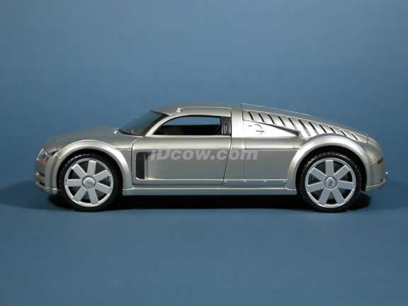 2002 Audi Supersportwagen Rosemeyer Diecast model car 1:18 scale die cast by Maisto