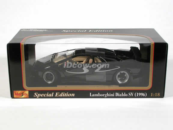 1996 Lamborghini Diablo SV diecast model car 1:18 scale die cast by Maisto - Black