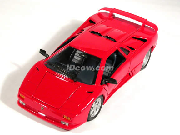 1995 Lamborghini Jota diecast model car 1:18 scale die cast by Maisto - Red