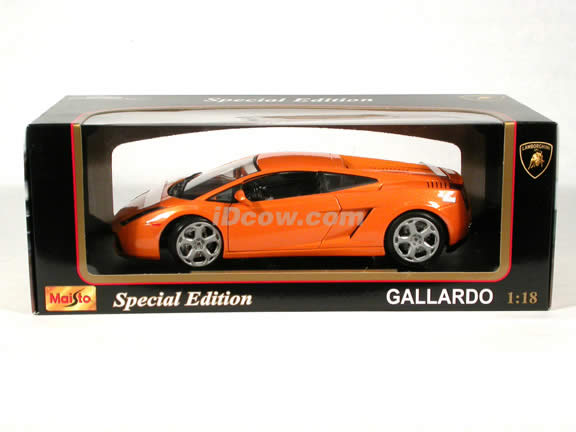 2003 Lamborghini Gallardo diecast model car 1:18 scale die cast by Maisto - Orange