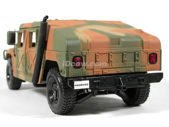1991 Hummer Military Humvee diecast model car 1:18 scale die cast by Maisto - Army Camouflage