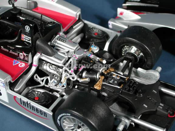 2002 Infineon Audi R8 #3 diecast model car 1:18 scale Le Mans Racer by Maisto