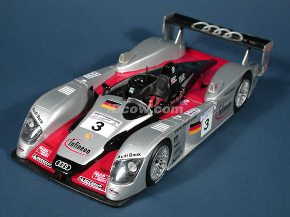 2002 Infineon Audi R8 #3 diecast model car 1:18 scale Le Mans Racer by Maisto