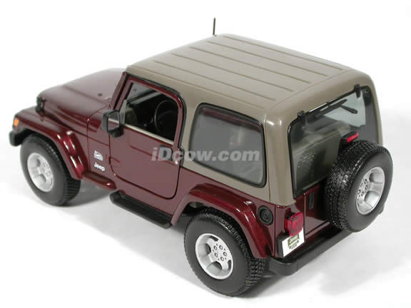 2004 Jeep Wrangler Sahara diecast model car 1:18 scale die cast by Maisto - Maroon
