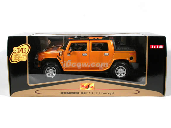 2004 Hummer H2 diecast model car 1:18 scale die cast by Maisto - Orange