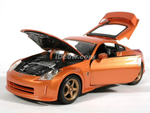 2004 Nissan 350Z diecast model car 1:18 scale Nismo S-Tune by Maisto - Copper