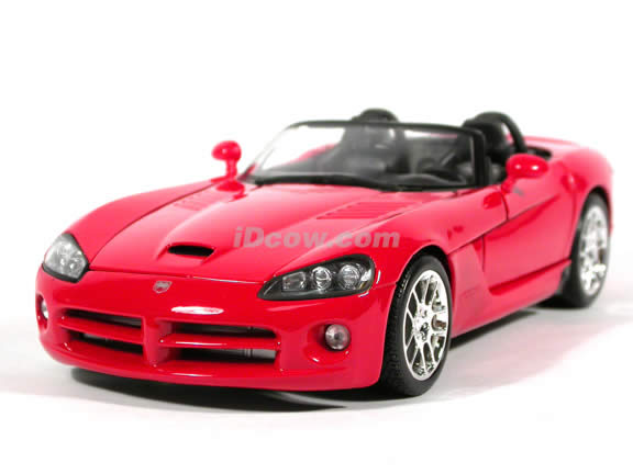 2003 Dodge Viper diecast model car 1:18 scale die cast by Maisto - Red