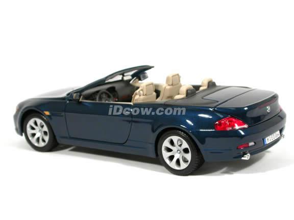 2005 BMW 645 Ci Cabrio diecast model car 1:18 scale die cast by Maisto - Metallic Blue