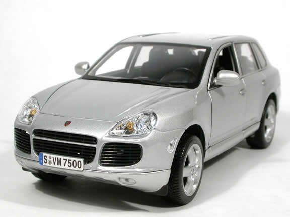 2003 Porsche Cayenne Turbo diecast model car 1:18 scale die cast by Maisto - Silver