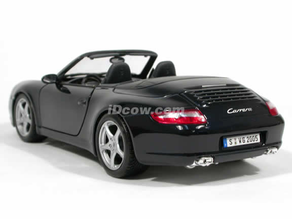2005 Porsche 911 Carrera Cabriolet diecast model car 1:18 scale die cast by Maisto - Dark Blue