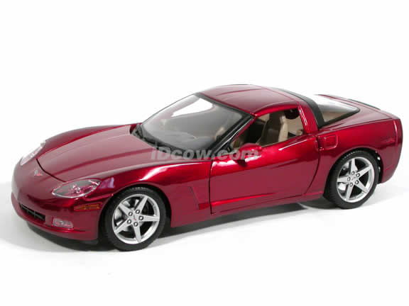 2005 Chevrolet Corvette diecast model car 1:18 scale die cast by Maisto - Metallic Red 31117
