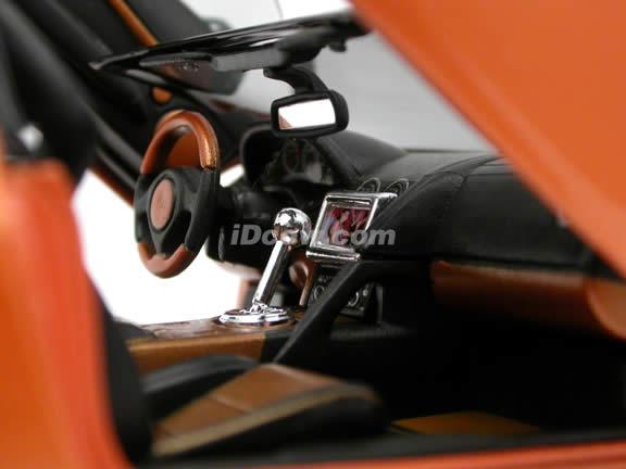 2005 Lamborghini Murcielago Roadster diecast model car 1:18 scale die cast by Maisto Playerz - Orange 31060