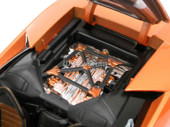 2005 Lamborghini Murcielago Roadster diecast model car 1:18 scale die cast by Maisto Playerz - Orange 31060