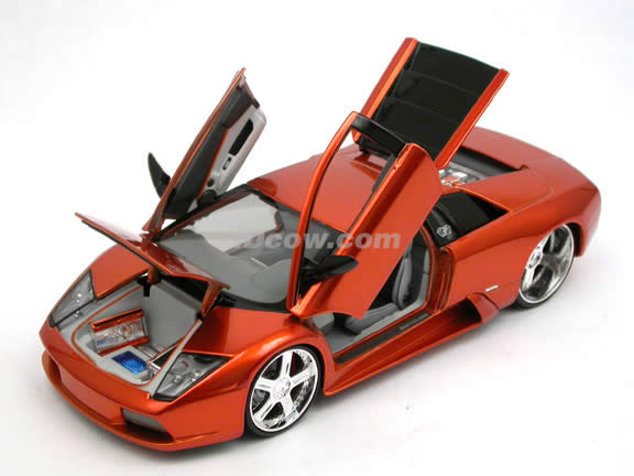 2004 Lamborghini Murcielago Coupe diecast model car 1:18 scale die cast by Maisto Playerz - Copper 31053