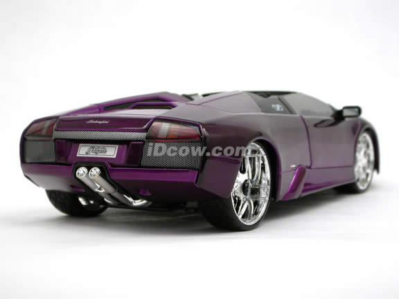 2005 Lamborghini Murcielago Roadster diecast model car 1:18 scale die cast by Maisto Playerz - Candy Purple 31060